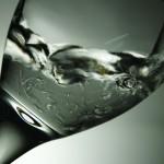 どうしてダイエットするのに水を飲むのか